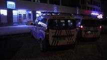 Konya tüfekli iki soyguncu, marketteki paraları alarak kaçtı