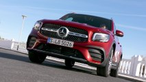 The new Mercedes-Benz GLB 220 d 4matic in Patagonia red Driving Video