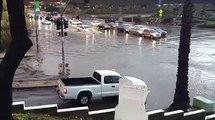 Cette Lamborghni ne craint pas les inondations... No soucis!!