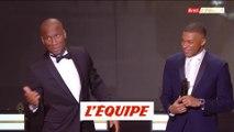 Instant selfie entre Drogba et Mbappé - Foot - Ballon d'Or