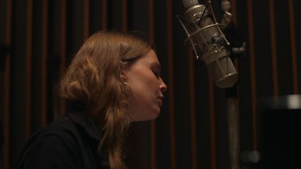 Maggie Rogers - Past Life