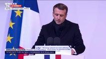 """Emmanuel Macron: """"Au nom de la Nation, je m'incline devant leur sacrifice"""""""