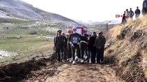 Bitlis şehit kurt, son yolculuğuna uğurlandı