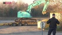 Les gendarmes débloquent le dépôt pétrolier de Vern-sur-Seiche