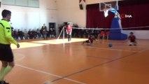 Görme engelliler her şeyi yapabilir dediler goalball maçı yaptılar