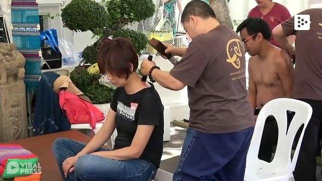 Get a hammer-massage in Thailand