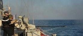 En mer Noire, un navire français joue au chat et la souris avec les Russes