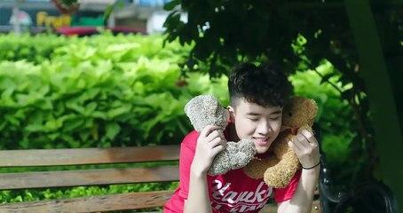 MON HOÀNG ANH - VÌ EM GIỐNG MẸ ANH (OFFICIAL MV ) #VEGMA