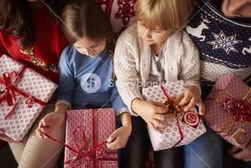 ¿Qué hacer con el exceso de regalos de cumpleaños o Navidad?