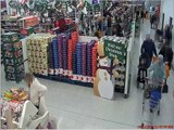 Police release CCTV footage in hunt for thief