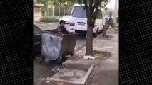 Kimliği belirsiz şahıs, küçük çocuğu çöp konteynerine attı