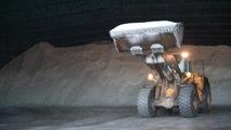 Seraing : visite de la réserve de sel de la région wallonne