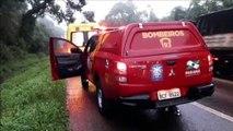 Caminhão capota na BR-277 e vítima fica presa às ferragens
