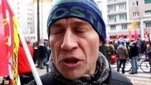 Grève du 5 décembre : Alexis, de la CGT de Caterpillar, manifeste à Grenoble