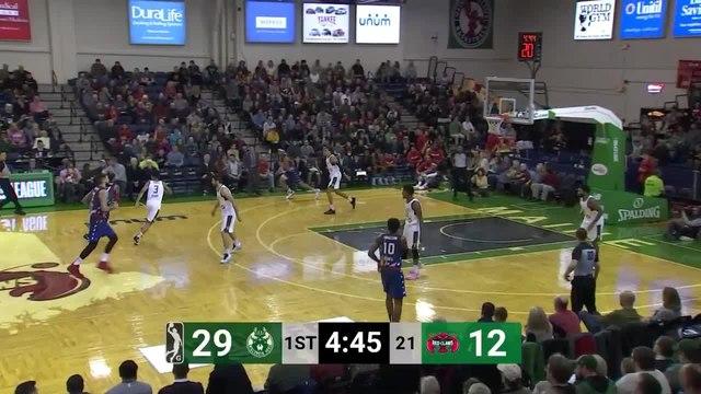 Trey Davis (26 points) Highlights vs. Wisconsin Herd