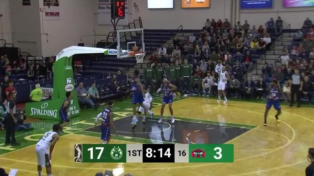 Tremont Waters (13 points) Highlights vs. Wisconsin Herd