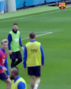 Le but magnifique de Messi à l'entraînement du FC Barcelone
