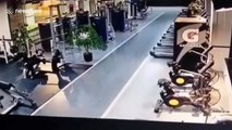 Chinese man collapses after barbell falls on him during benchpress routine