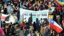Miles protestan en Chile a 50 días de haber iniciado el estallido social