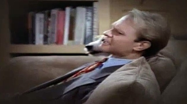 Frasier S02E02 The Unkindest Cut of All