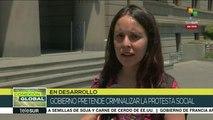 Manifestantes denuncian a Piñera por criminalizar la protesta social