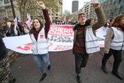 Paris : manifestation contre la précarité et le chômage