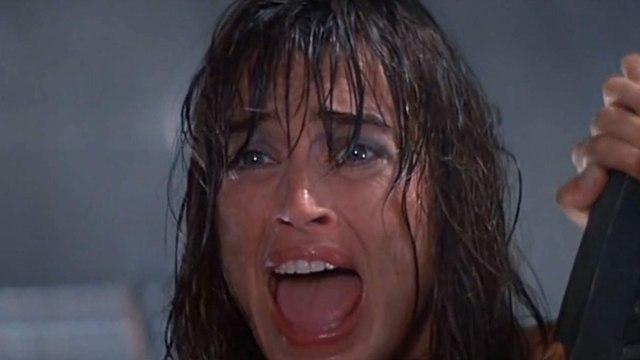 Leviathan Movie (1989)  Peter Weller, Richard Crenna, Amanda Pays