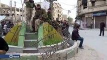 عبارات لناشطين في الغوطة الغربية تطالب بالمعتقلين وطرد إيران