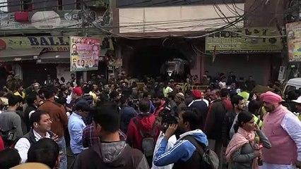 مصرع 43 شخصا على الأقل بحريق مصنع في نيودلهي