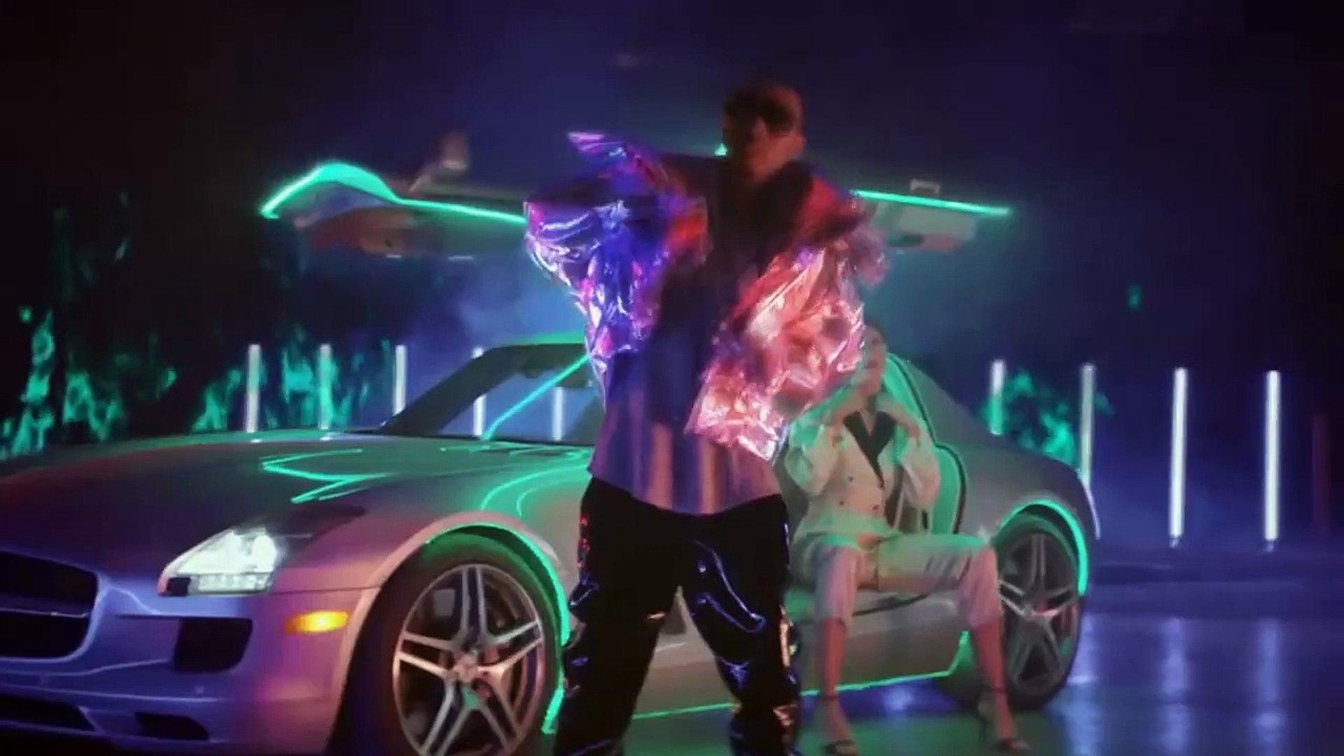 Tyga ft. Offset - Bouncin (Music Video)