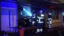 Adana işyeri yangınında bir kişi dumandan etkilendi