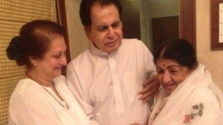 Dilip Kumar's Choti Behen Lata Mangeshkar Returns From Hospital, Veteran Actor Is Ecstatic