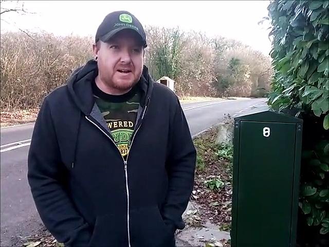 Concerns over 'dangerous' site of Horsham Openreach junction box