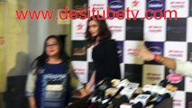 Deepika Pdukone sizzles in black long dress alongwith ace director Meghna Gulzar at Red carpet of Star Screen Awards
