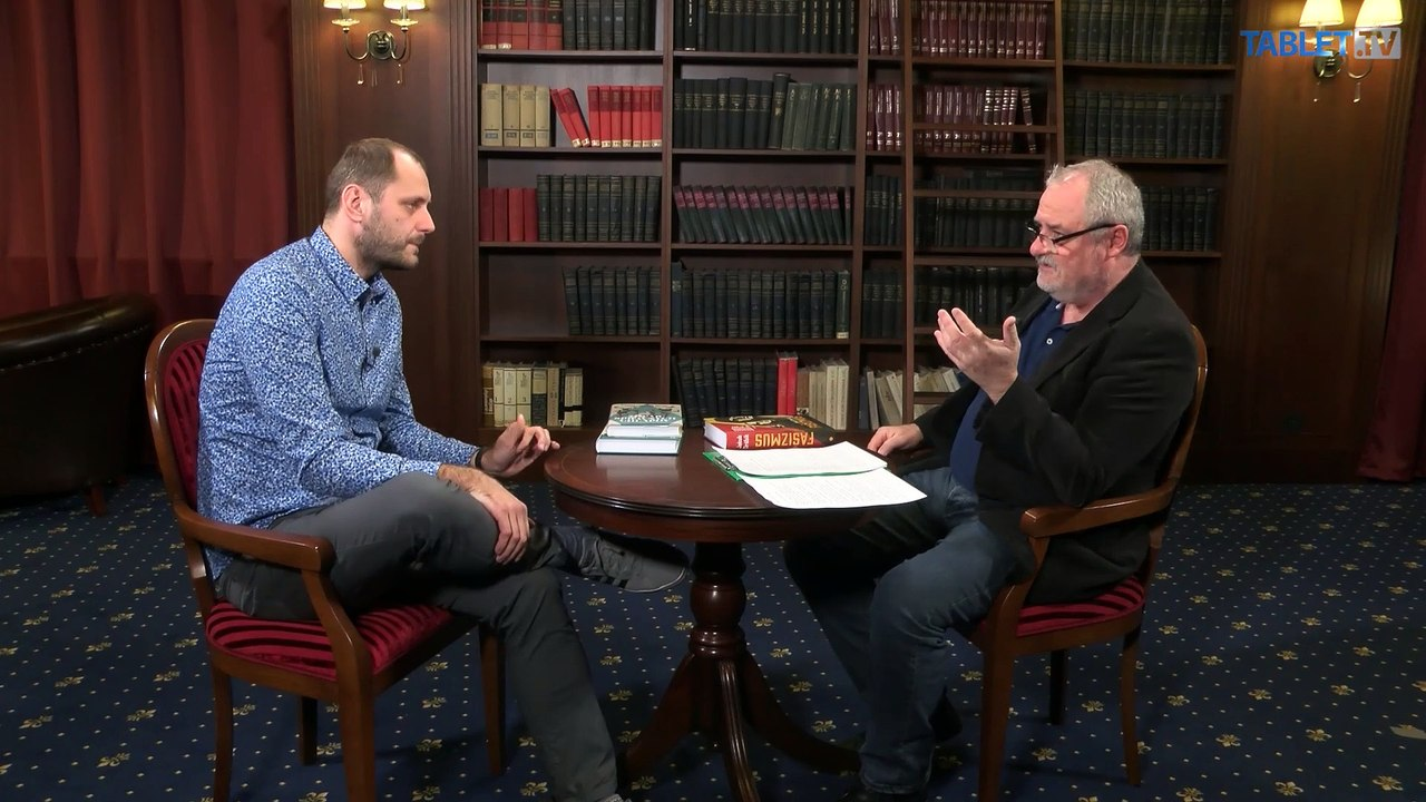 KAVIAREŇ NA PATRÓNKE: S historikom Jakubom Drábikom o fašizme
