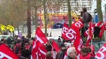 Francia, prosegue lo sciopero: caos trasporti tutta la settimana