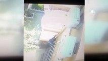 Torbalı'da hırsızlık için binaya tırmanan şahıs güvenlik kamerasına takıldı - İZMİR