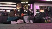 """Një natë në 'Times Square"""", sensibilizim për të pastrehët"""