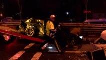 Kaygan zeminde otomobil karşı şeride geçti: 5 yaralı