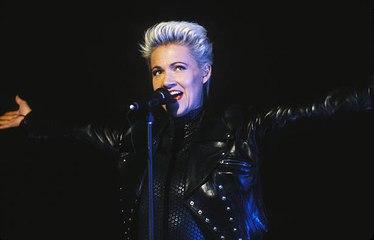 Nach 17 des Kampfes erliegt Roxettes Sängerin dem Krebs