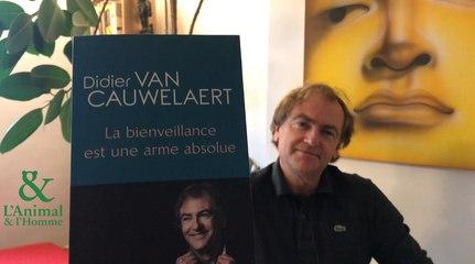 Interview 6 de Didier Van Cauwelaert : sanglier ou lapin, lesanimaux de la bienveillance