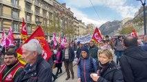 Grenoble : le départ de la manifestation grenobloise contre la réforme des retraites