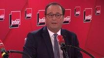 """François Hollande : """"Passer l'âge légal [de départ à la retraite] 62 à 65 ans c'est injuste. Mais l'âge pivot, c'est à peu près équivalent : si vous partez plus tôt, c'est une décote sur toute votre vie de retraité, c'est injuste"""""""