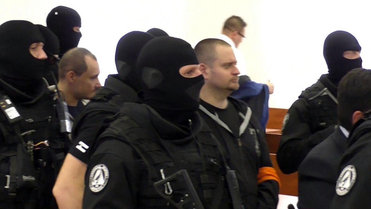 ŠTS Pezinok vytýčil termíny hlavného pojednávania vo veci úkladnej vraždy novinára Jána Kuciaka a jeho snúbenice Martiny