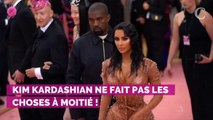Kim Kardashian imite une grande star et s'affiche avec un look très étonnant