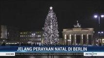 Pohon Natal Setinggi 17 Meter Jadi Ikon Perayaan Natal di Berlin