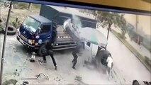 Un pneu de camion explose à la figure d'un garagiste !
