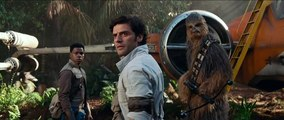 Star Wars: The Rise Of Skywalker - Exclusive Interview With Oscar Isaac & Kelly Marie Tran
