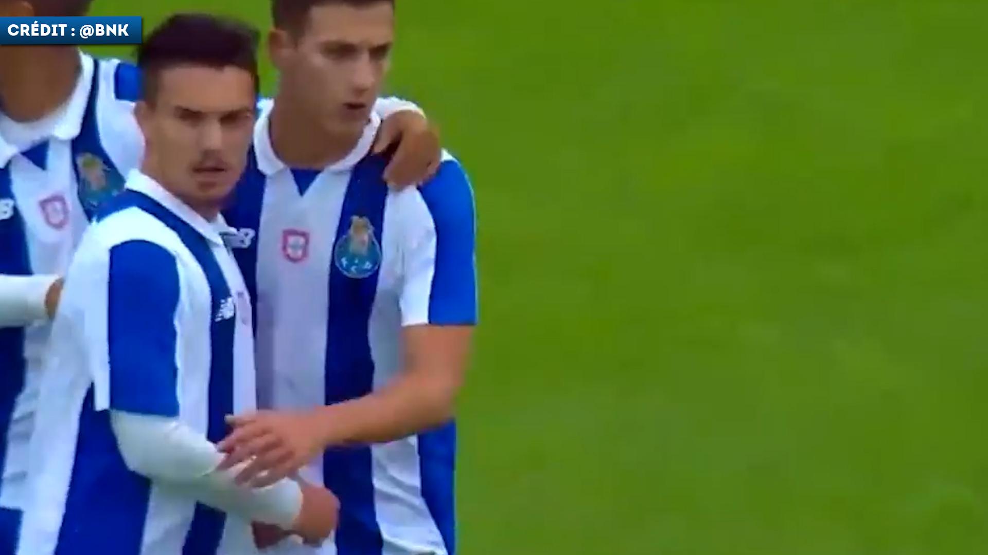 Les skills de Diogo Dalot avec la réserve du FC Porto