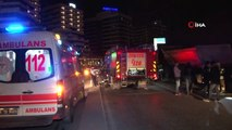 Otomobil park halindeki hafriyat kamyona çarptı: 1'i ağır 2 yaralı